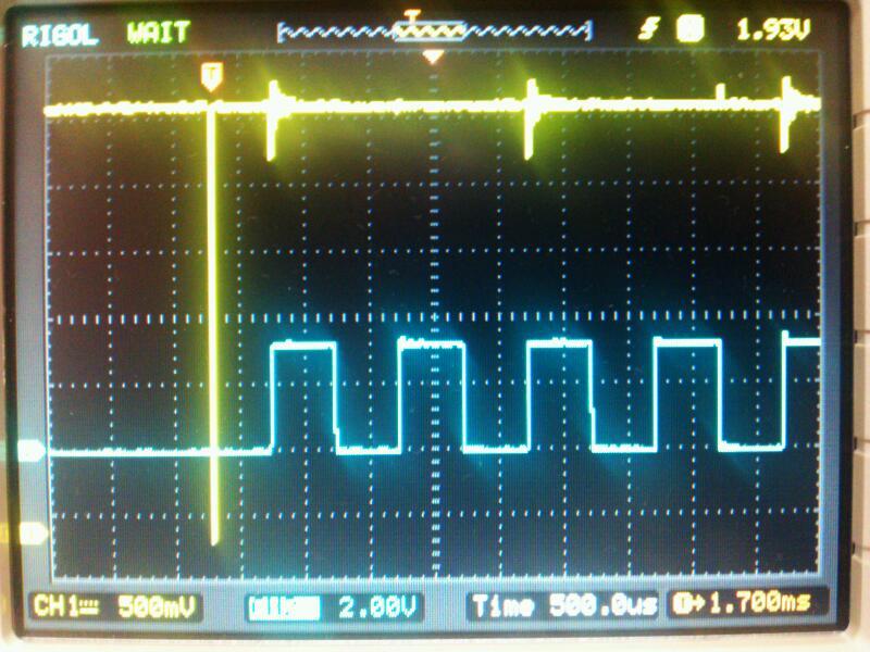 ガイガーミュラー管、検出時の波形。